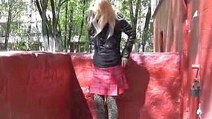 Street tights wetting