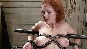 she swallows cock like a sex gimp