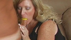 Blonde mother got her mouth rammed with the yummy shaft