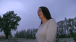 Alluring Hanka is offering her sex service for money