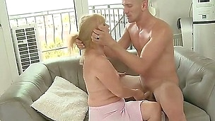 This amazing granny Lenia knows how to please a young boy, with all of her life-long experience she is doing an amazing cock sucking action and having her vagina raped by his hard dick.